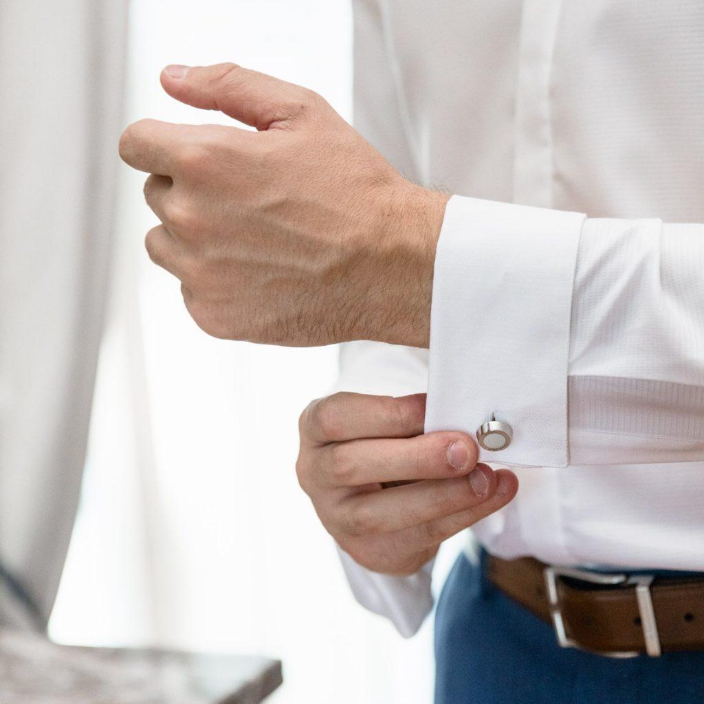 Bouton de manchette du marié