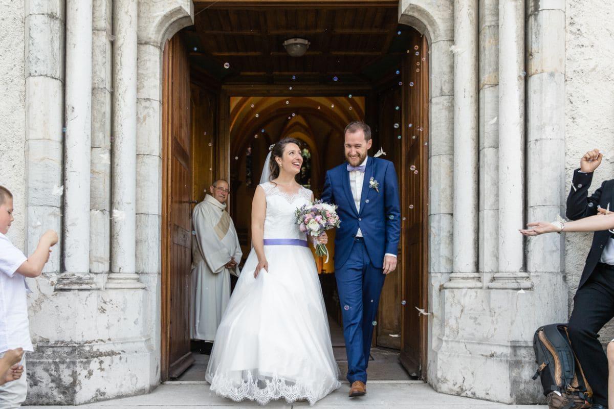 sortie de mariage à l'église de Tresserve
